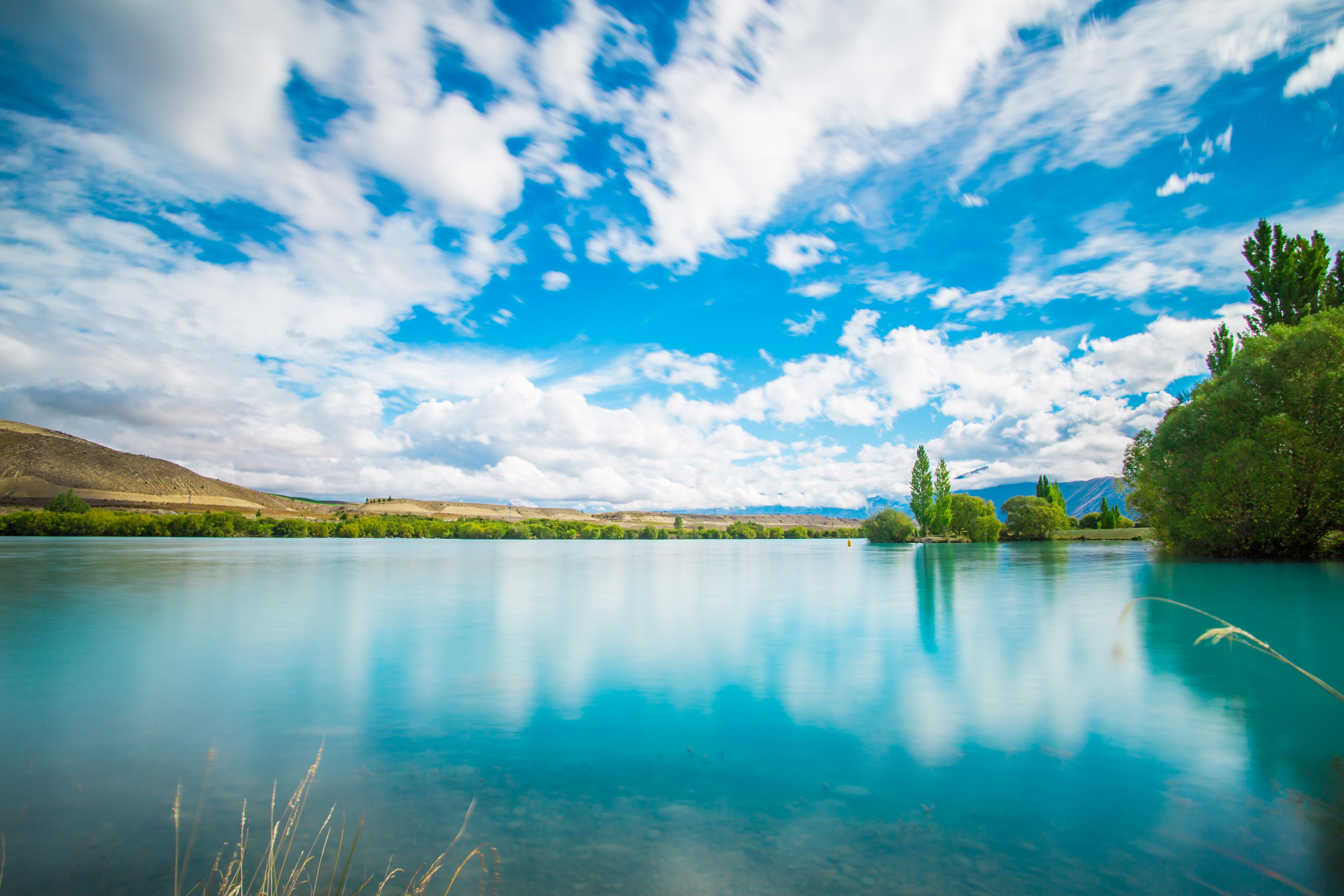 Działka nad jeziorem to idealne miejsce do aktywnego wypoczynku